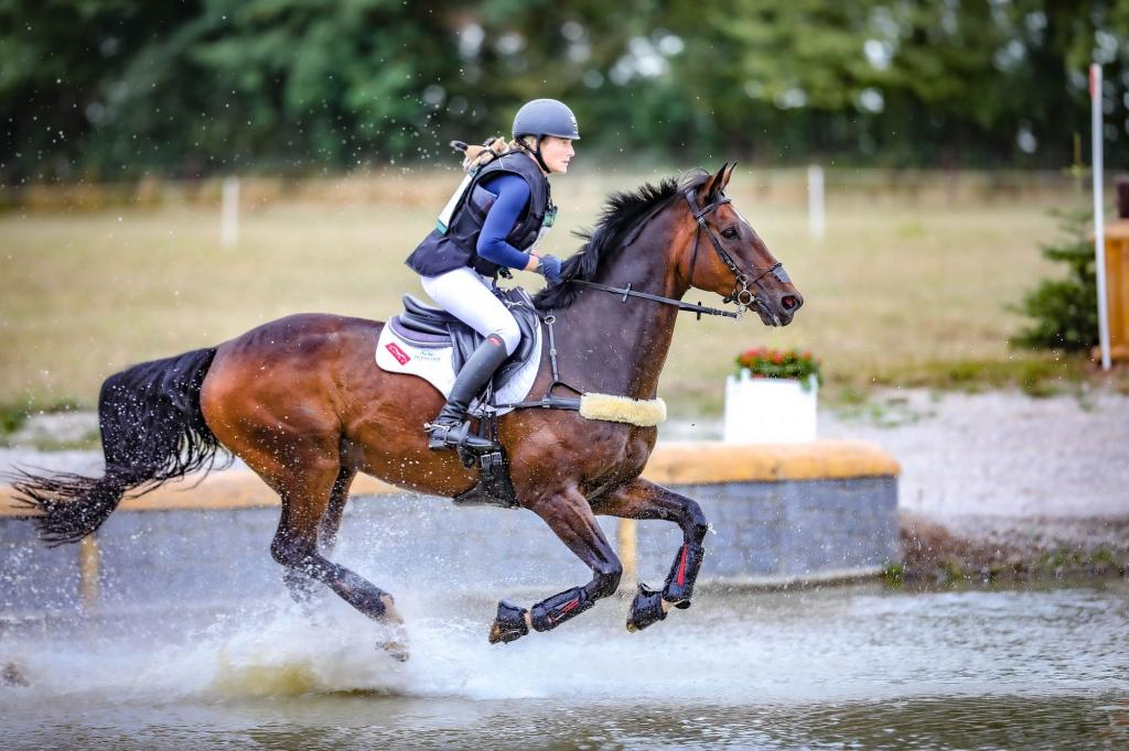 Lara de Liedekerke a remporté son quatrième titre de championne de Belgique, le deuxième avec Alpaga d'Arville (Crédit photo : Sébastien Boulanger/Arville)