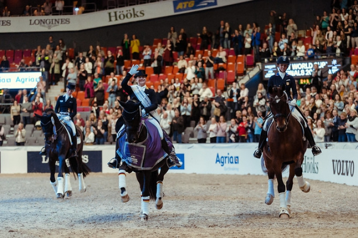 Les trois meilleurs couples de la finale Coupe du monde à Göteborg (Crédit photo: FEI/Christophe Taniere)