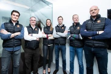 Les cinq qualifiés pour Göteborg en compagnie du chef d'équipe Peter Weinberg (Photo : Christophe Bortels)