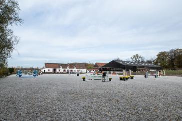 Les centres équestres pourront toujours accueillir les cavaliers mais les clubhouses seront fermés et les cours collectifs interdits