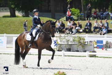 Juliette Ramel et Buriel ont mené la Suède vers la première place provisoire dans le CDIO 5* de Compiègne (Crédit photo: Agence Ecary)