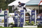 Oliver Townend sur le test de saut d'obstacles à Burghley  (Crédit photo: FEI/lLibby Law)